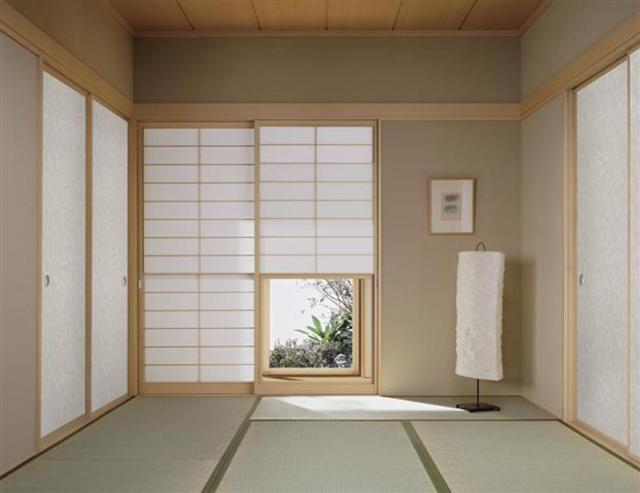 既存の和室を洋風和室に改装する事で、断熱性も上がります。 洋間への改装で... 内装材、手摺、階